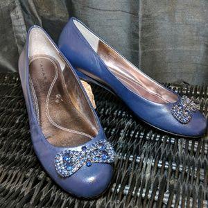 TAHARI Keoni flats shoes